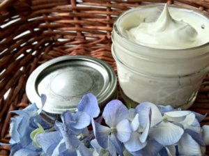 Homemade aftershave recipes, lotions for men