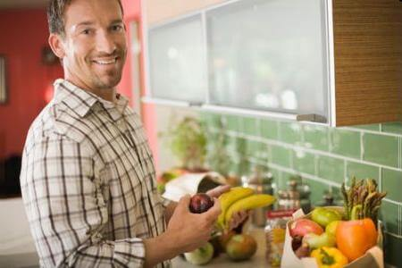 What are the gut busting diet mistakes of men?