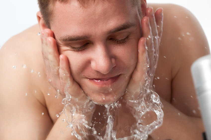 Best Face Wash For Oily Skin And Blackheads For Men