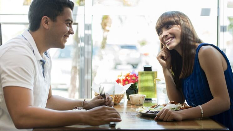 10 First Date Tips for Men