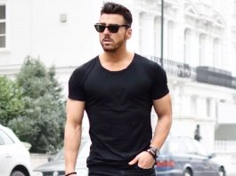 What to Wear with Black Ripped Jeans